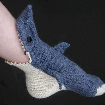 chaussettes requin modele tricot