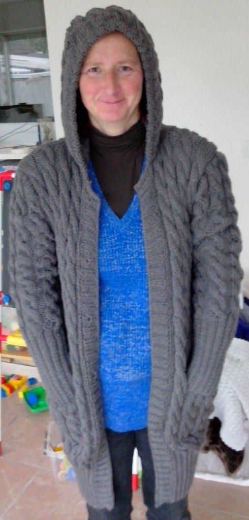 modèle tricot veste a capuche femme